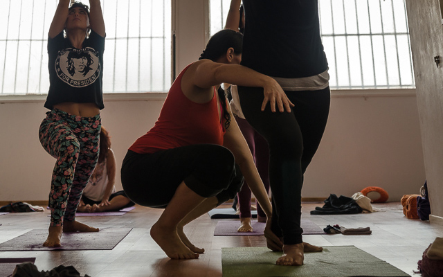 Ritmo en la Práctica: Vinyasa, cuenta y partitura